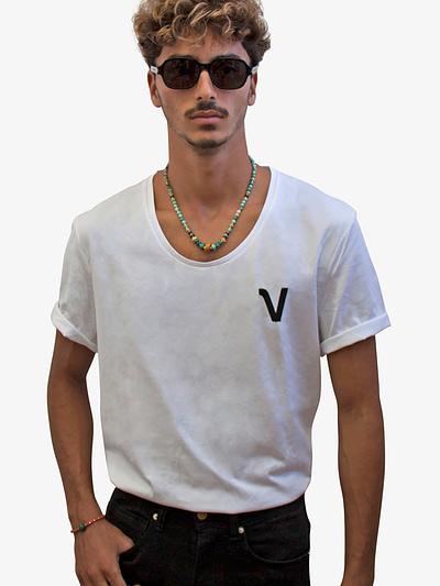 Vonberg Streetwear Oliver Heritage Premium Tee Scoop in White