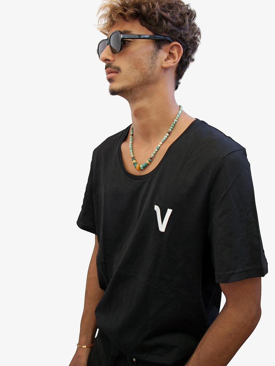 Vonberg Streetwear Oliver Heritage Premium Tee Scoop in Black